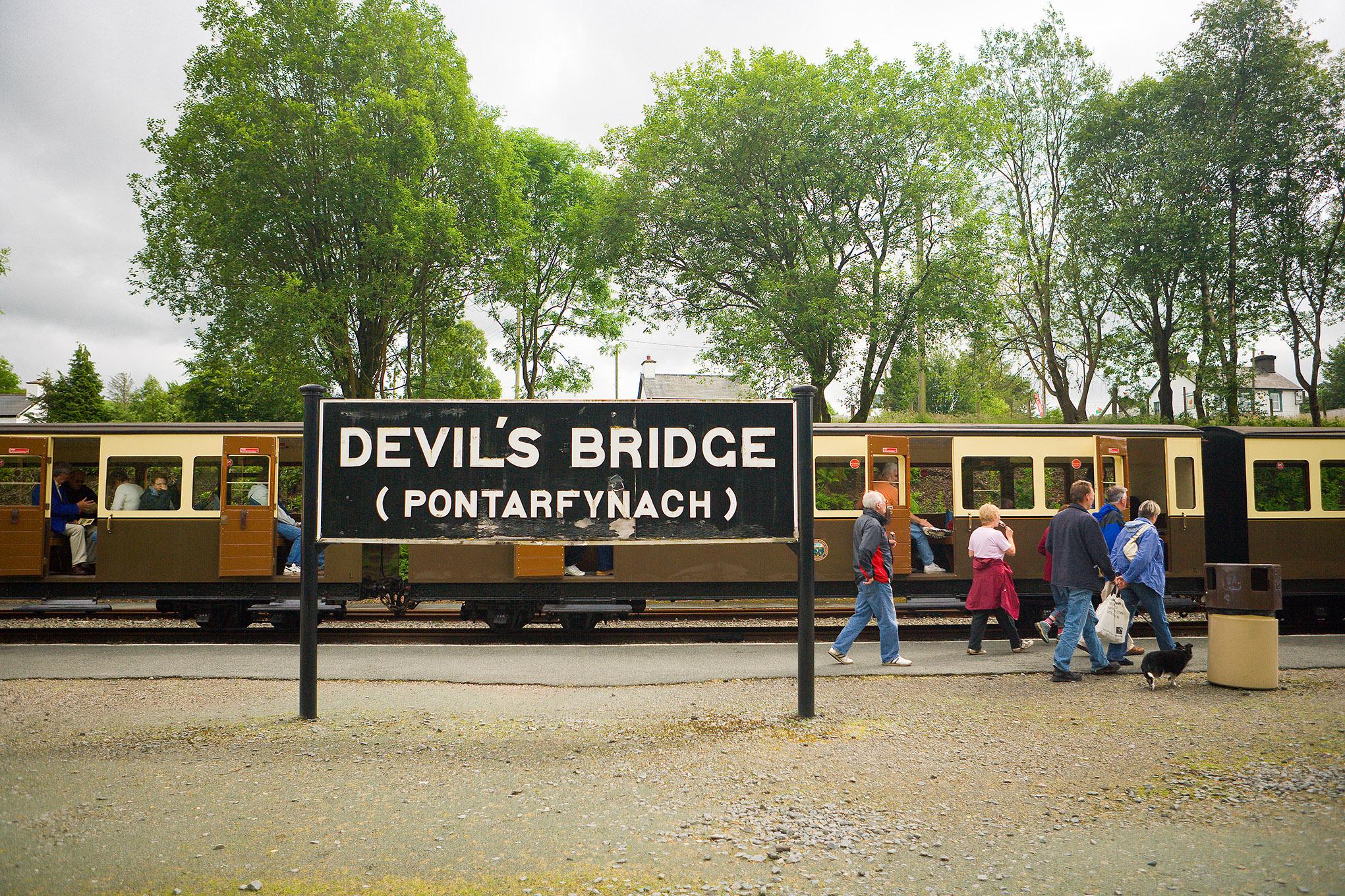Devil's Bridge station